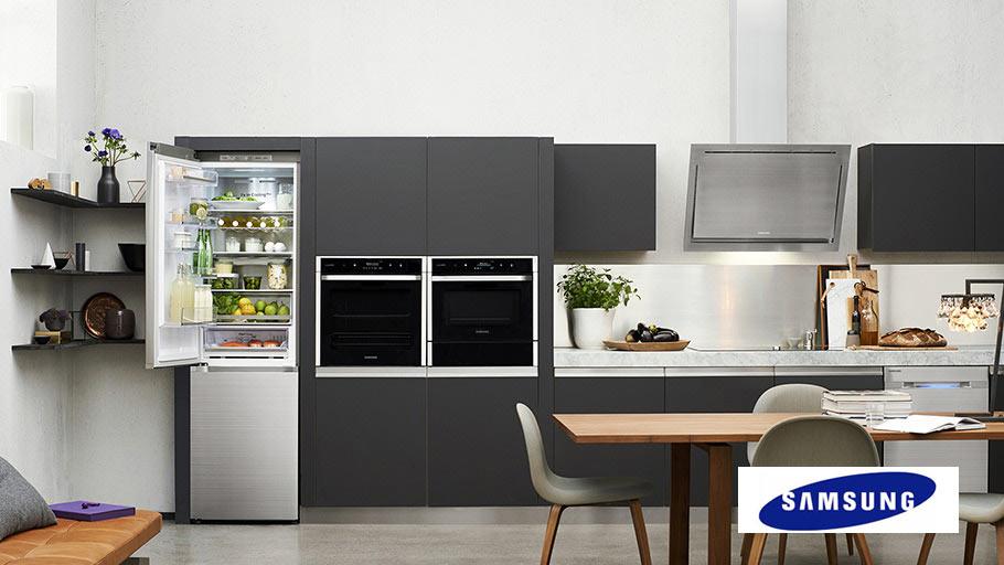 samsung-refriegerator-in-the-modern-kitchen2